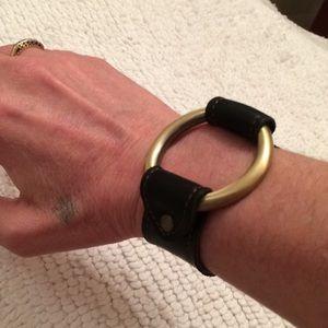 Jewelry - Handmade leather & brass toned bracelet
